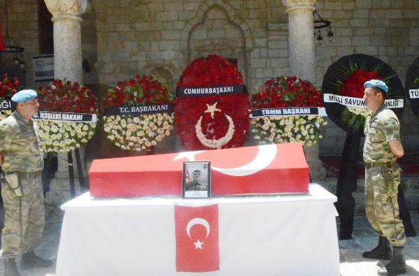 Şehit Er Sabır Binen Kürtçe Ağıtlarla Toprağa Verildi