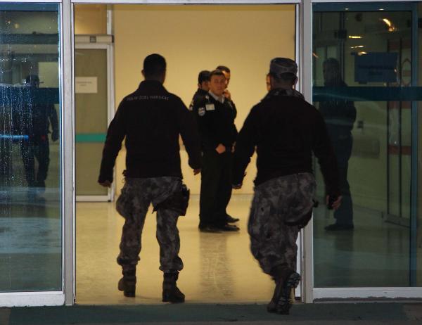 3 Özel Harekat Polisi Yaralandı