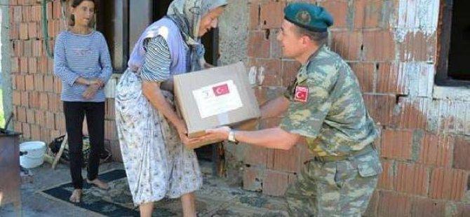 Mehmetçik'ten Ramazan Bayramı Öncesikosovalı Ailelere Yardım