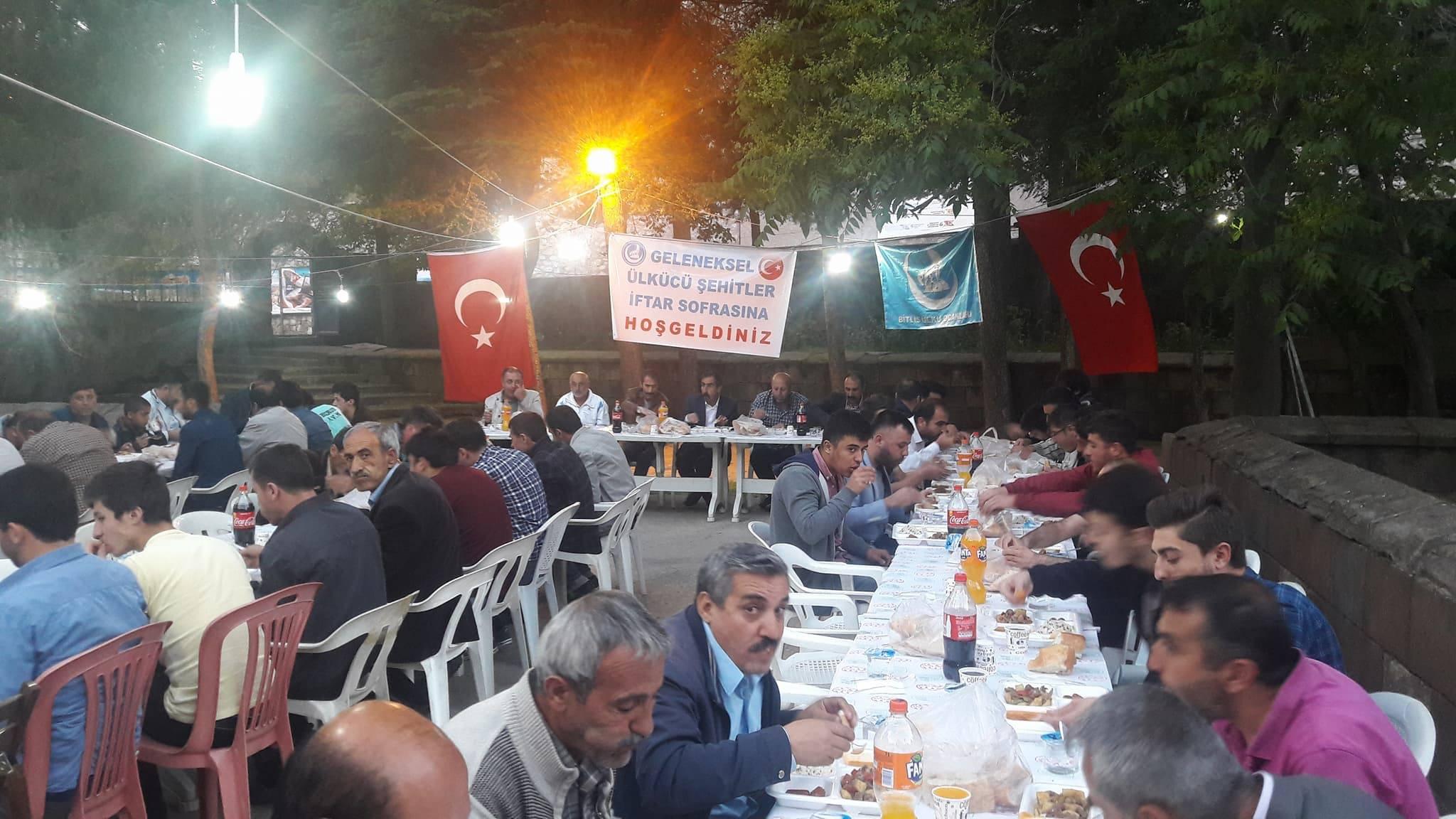 Bitlis Ülkü Ocakları İftarda Buluştu