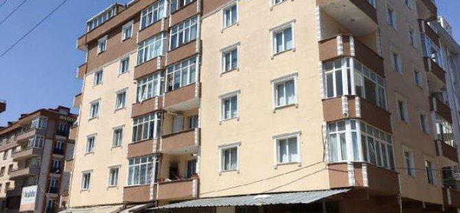 6 Katlı Apartmanın Terasından Düşen Kadın Öldü
