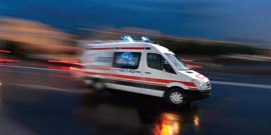 Sivas'ta asker taşıyan araç devrildi! Bir asker şehit oldu