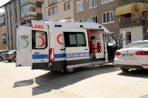 Ambulanstan Gelen Patlama Sesi Polisi Alarma Geçirdi