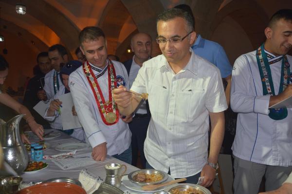 Yemek Yarışmasında Dereceye Girenler Altınla Ödüllendirildi
