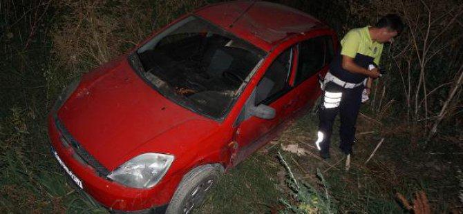 7 Metreden Şarampole Yuvarlanan Otomobilin Sürücüsü Hafif Yaralandı