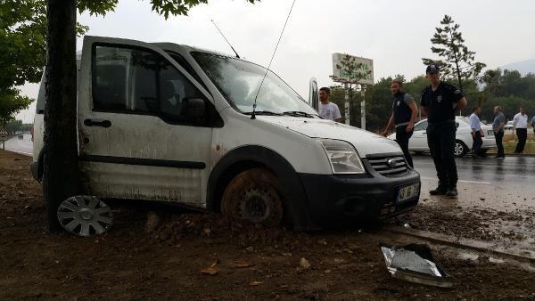 Polis Ekip Otomobili Kaza Yaptı: 2 Polis Yaralı