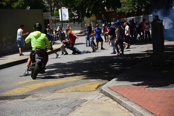 Venezuela'da Sağ Muhalefetten 1 Günlük İş Bırakma Eylemi