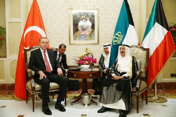 Cumhurbaşkanı Erdoğan, Kuveyt Emiri Şeyh Sabah İle Görüştü
