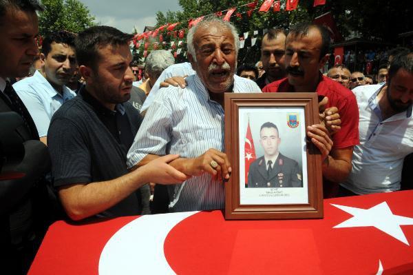 Şehit Astsubay Yakup Akdağ Gözyaşları Arasında Toprağa Verildi