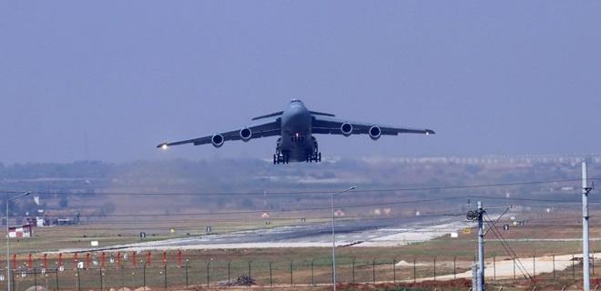 İncirlik Hava Üssü'nde askeri hava hareketliliği