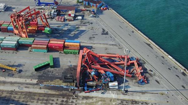 İstanbul Perişan, Haydarpaşa Limanı Savaş Alanı Gibi