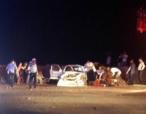 Otomobil Festival İzleyenlerin Arasına Daldı: 1 Ölü, 2 Yaralı