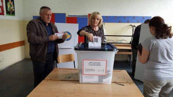 Kosova'lı Türkler 7 Belediyede Seçimlere Katılıyor