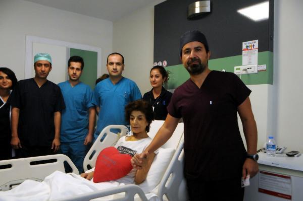 Göğsündeki 8.5 Santimlik Kitle Ameliyatla Alındı