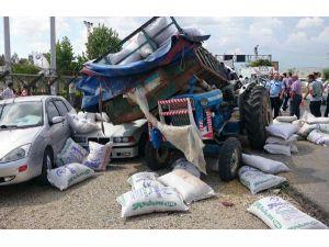 Minibüs traktör römorkuna arkadan çarptı: 1 ölü, 1 yaralı