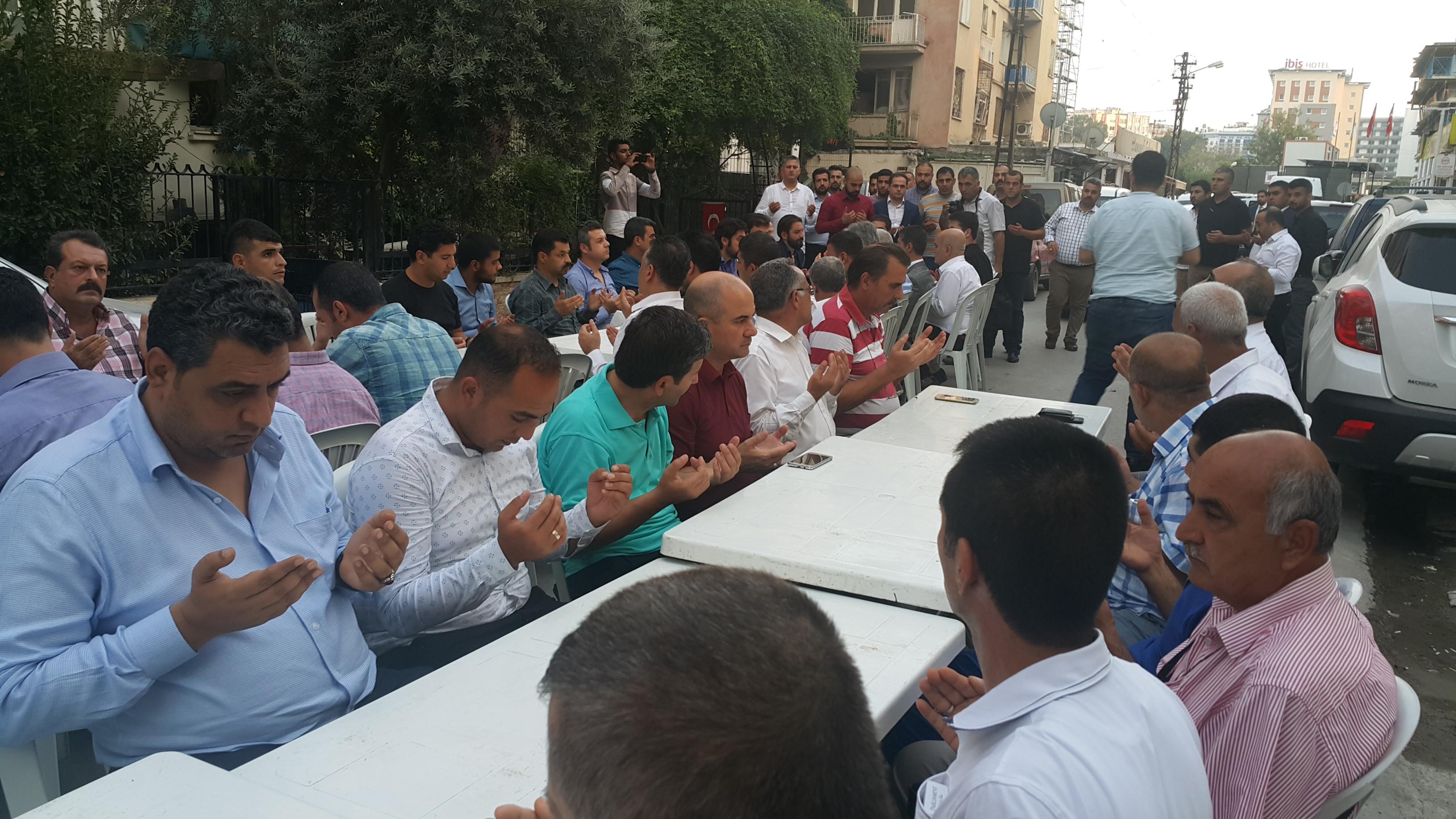 MHP Adana, Ülkücü Şehit 6 öğretmeni andı