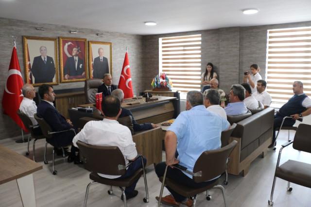 Şoförler Odası Başkan ve Yönetimi MHP'yi Ziyaret Etti