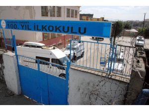 Diyarbakır'da Okula Konulan Bomba İmha Edildi