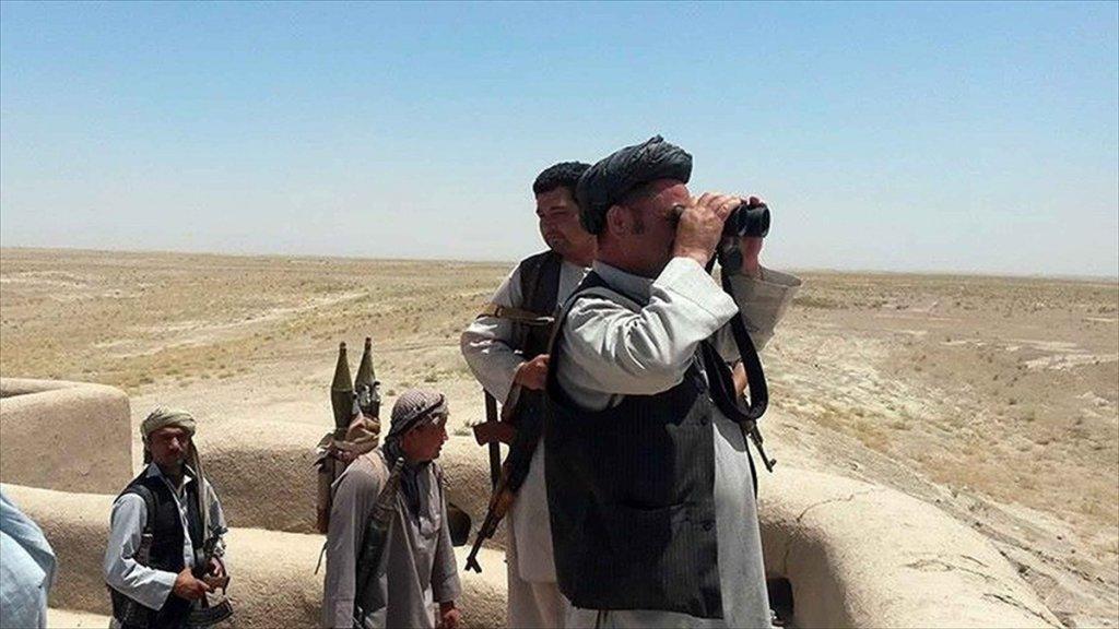 Afganistan'da Türkmen komutana bombalı saldırı