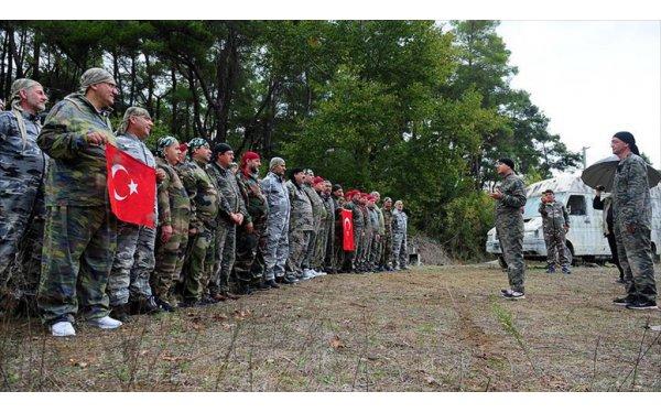 Asker Arkadaşları 32 Yıl Sonra Antalya'da Bir Araya Geldiler