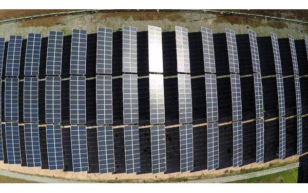 Çatılarımızda 10 Milyar Dolarlık 'Güneş Enerjisi' Yatıyor