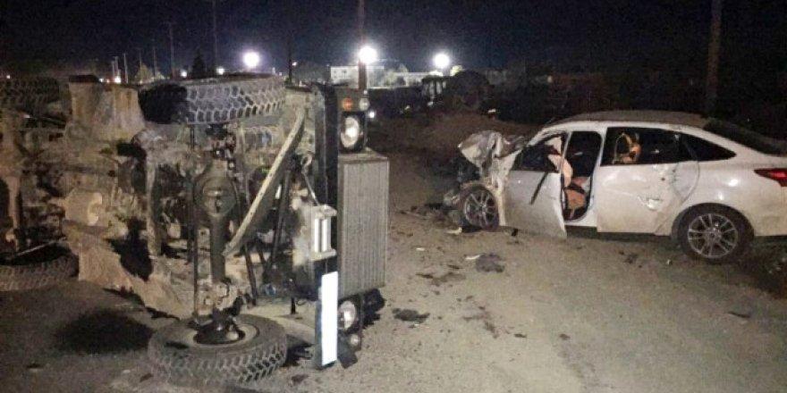 Askeri araç otomobille çarpıştı 3'ü asker 5 yaralı
