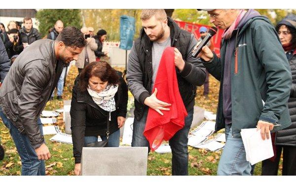 Almanya'da Öldürülen Burak Bektaş İçin Anıt Dikildi