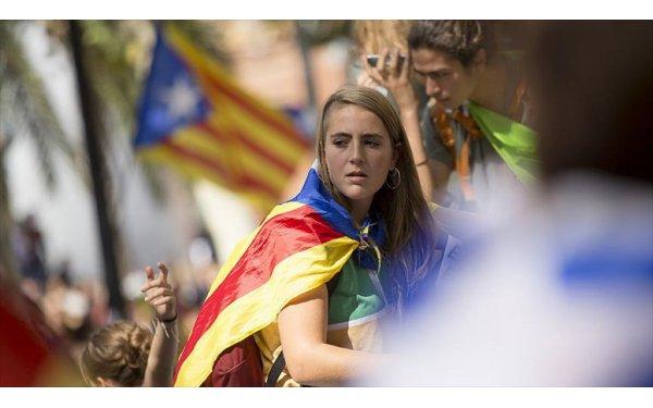 Katalonya'da Bağımsızlık Girişimi 'Pahalıya Patladı'