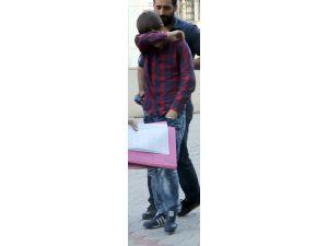 Dekorasyoncuyu Yaralayan Yeğen Tutuklandı, Amca Serbest