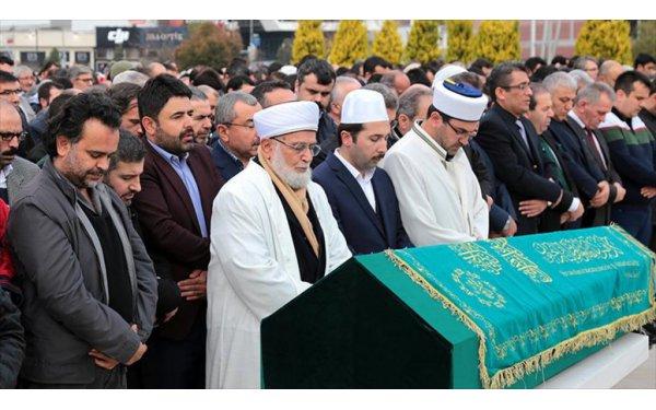 O AKP'li Son Yolculuğuna Uğurlandı