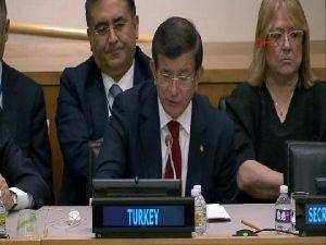 """Davutoğlu: """"Uluslararası Camia Mültecileri Rakam Olarak Görmekten Vazgeçmelidir. Her Sayı Bir İnsandır"""""""