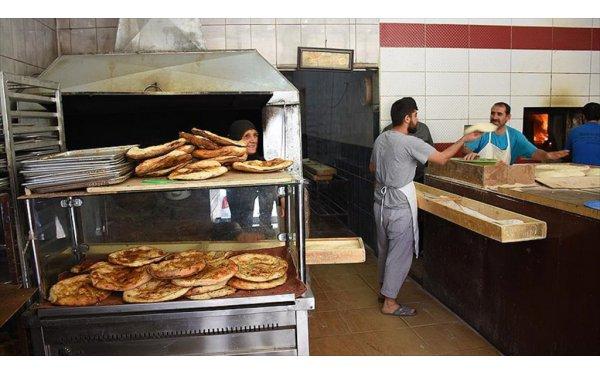 Köy Ekmeği Şehirde Rağbet Görüyor