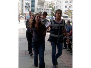 Gözaltındaki 7 Genç-sen Üyesi Adliyeye Sevk Edildi
