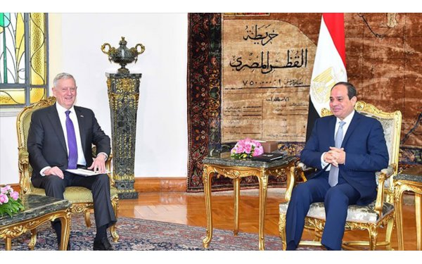 Mattis, Mısır Cumhurbaşkanı Sisi ile görüştü