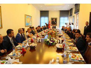 Kurtulmuş: İşçilerin Bu Süreçte Bırakılması Türkiye İçin Önemli Bir Başarıdır (2)
