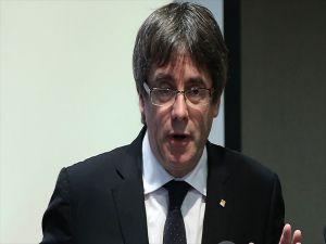 Eski Katalan Lider Hakkındaki Tutuklama Talebi Geri Çekildi