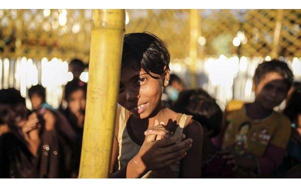 Kamplardaki Sorunlardan Biri Kimsesiz Çocuklar