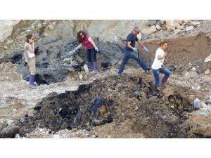 12 Trucks Of Chemical Substance Found Buried İn Northern Turkey