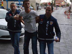4'üncü Kez Fuhuş Kartvizitlerini Sokağa Atarken Yakalandı: Onları Çöpte Buldum