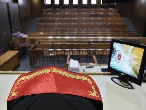 Eski Yüksek Yargıçlar Hesap Veriyor