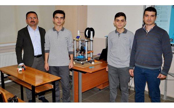 Robot Yapmak İçin Yola Çıktılar 3 Boyutlu Yazıcı Ürettiler