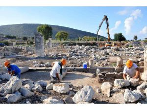 Excavations End İn Ancient Site Of Patara