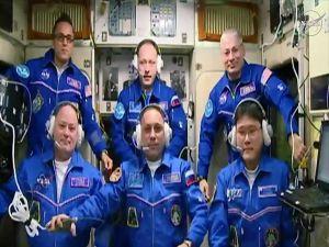 Yeni Astronot Ekibi Uui'ye Ulaştı