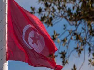 Tunus, BAE-Emirates Havayollarının Seferlerini Durdurdu