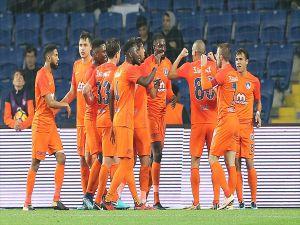 Süper Lig'de İlk Devre Medipol Başakşehir'in Liderliğiyle Sona Erdi