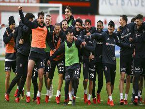 Beşiktaş İlk Yarıda İstikrar Yakalayamadı