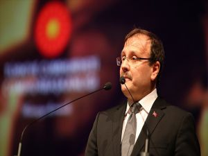 Başbakan Yardımcısı Çavuşoğlu: Kudüs'te Taş Üstüne Taş Koymaya Devam Ediyoruz