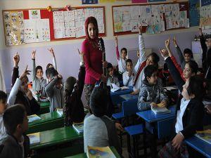 Öğretmenlerin Alan Değişikliği Başvuru Süresi Uzatıldı