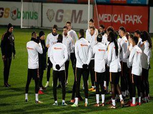 Galatasaray İçin 2017 Kupasız Bitiyor