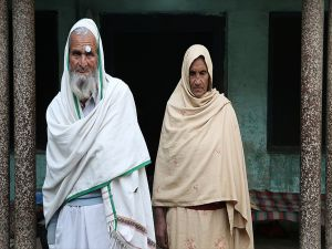Aa'nın Duyurduğu Suriye'de Mahsur Kalan Yaşlı Pakistanlı Çifte Pakistanlı Diplomatlar Ulaştı